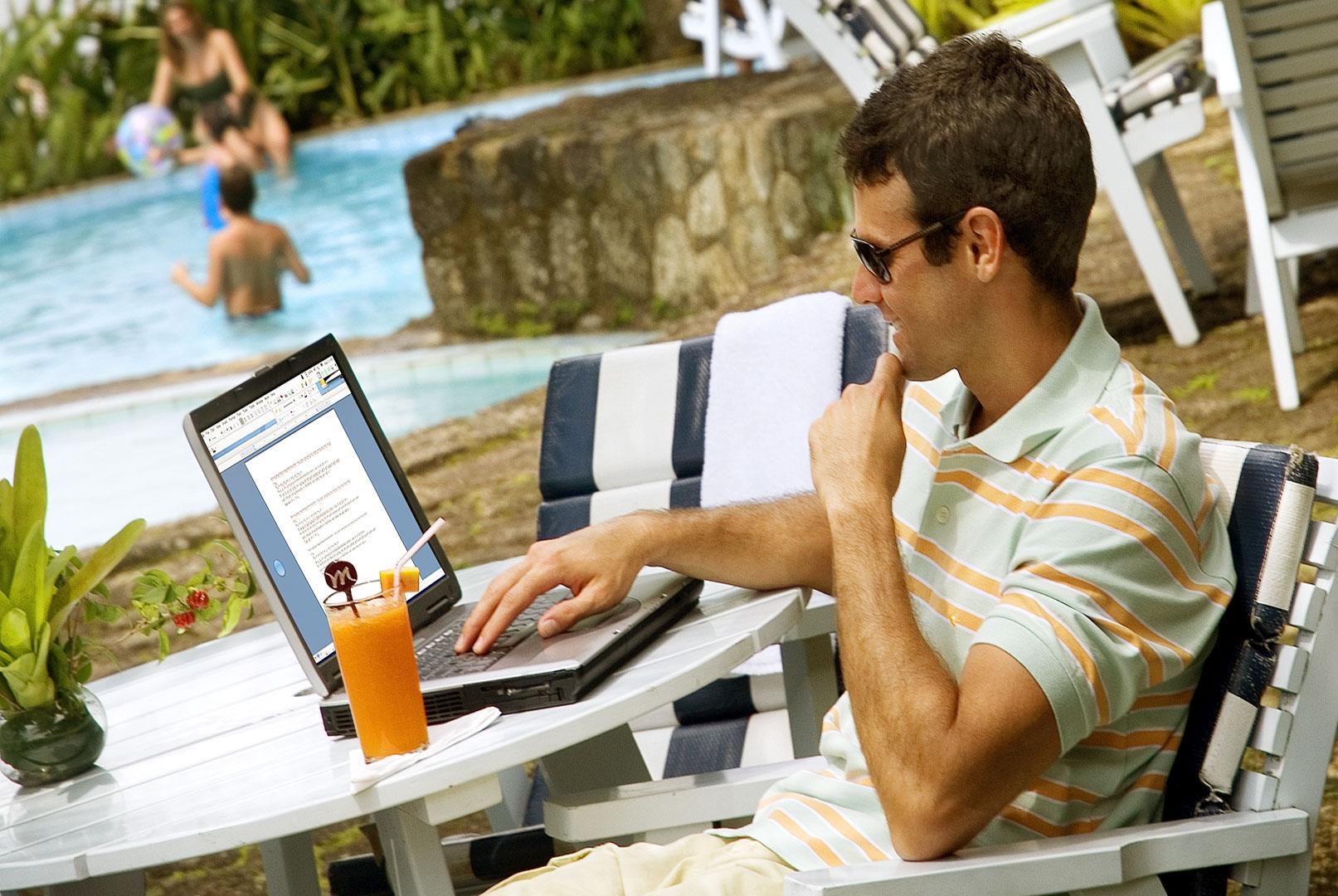laptop_ (Large)